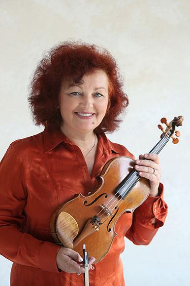 Violin and viola instructor Alla Wijnands